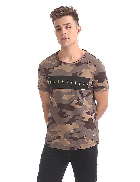 6ed1d6b550a Buy Men Slim Fit Camo Print T-Shirt online at NNNOW.com