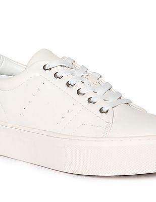 Stride Low Top Platform Sneakers