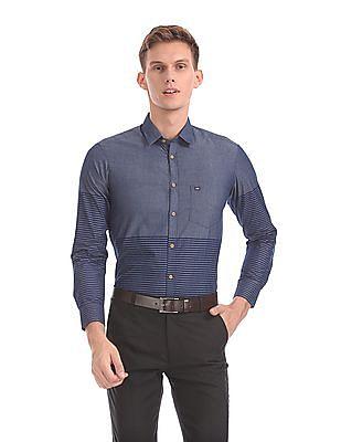 Arrow Sports Manhattan Slim Fit Striped Shirt