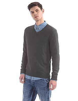 Aeropostale Regular Fit V-Neck Sweater