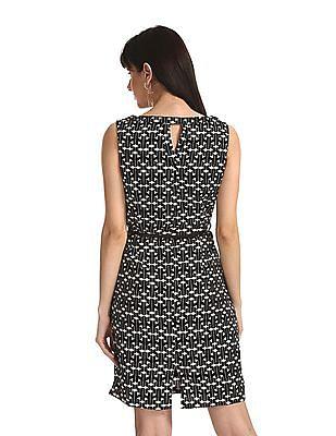Elle Studio Black Sleeveless Printed Shift Dress