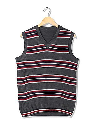 Arrow Sports Sleeveless Reversible Sweater