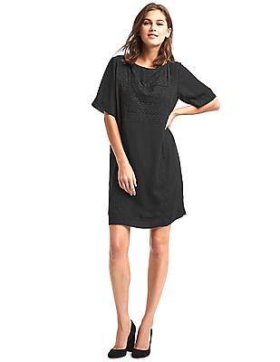 GAP Women Black Flowy Embroidered Shift Dress