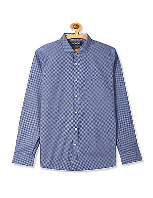 USPA Tailored Blue Printed Slim Fit Shirt