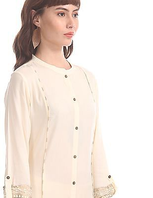 Karigari White Mandarin Collar Printed Piping Kurta