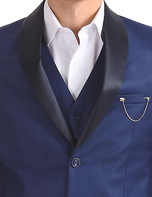 Arrow Peak Lapel Collar Three Piece Suit
