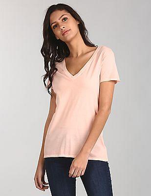 GAP Women Pink Short Sleeve V-Neck T-Shirt In Vintage Wash