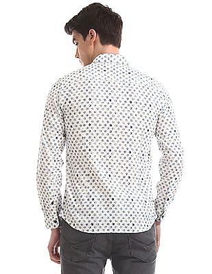 U.S. Polo Assn. Denim Co. White Slim Fit Star Print Shirt