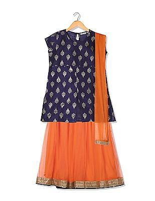 Karigari Girls Skirt Top And Dupatta Set