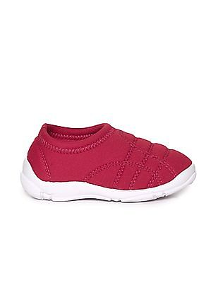 Unlimited Boys Contrast Sole Quilted Slip On Shoes