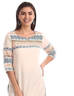 Karigari White Notch Neck Printed Kurta