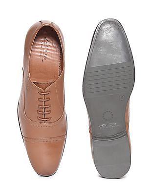 Arrow Cap Toe Oxford Shoes